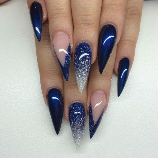 Kék Stiletto műköröm